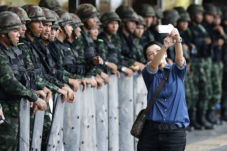 Thai smartphone and coup