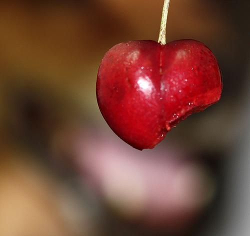 biting a cherry